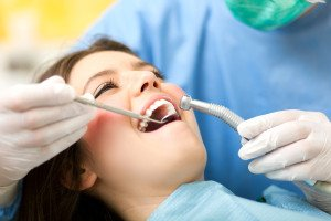 Three Quick Tips to Strengthen Teeth and Gums Between Teeth Cleaning Visits