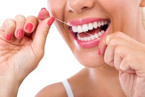 How To Reduce Discomfort And Inconvenience When You Floss