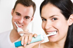 Maintain Your Oral Health While Traveling